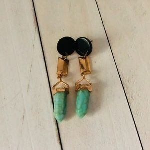🐾 Black, Gold & Turquoise Dangling Earrings